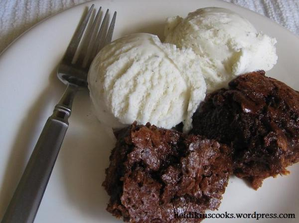 Mexican Rhubarb Chocolate Chunk Brownies_072009