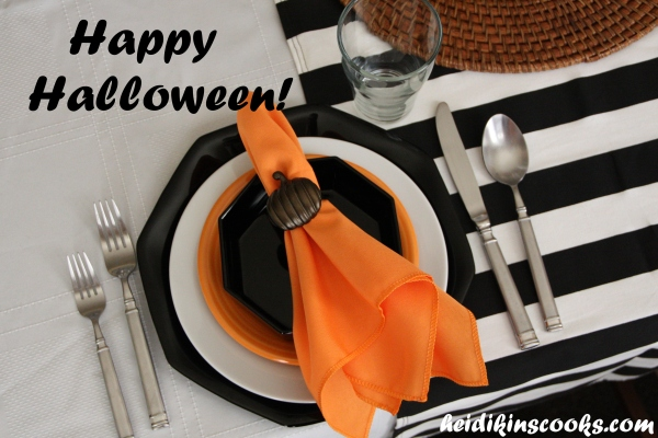 Tablescape_Halloween 1_heidikinscooks_Oct2013