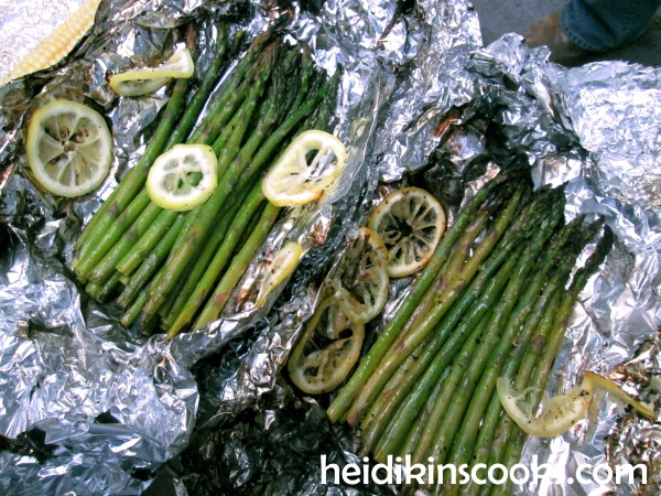 Gourmet Tin Foil Dinner Roasted Asparagus 2_heidikinscooks_June 2014