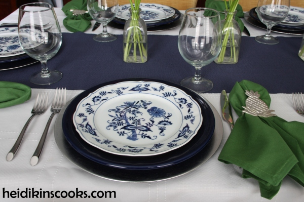 heidikinscooks_Blue Danube Fiesta table setting tablescape_january 2015 (3)